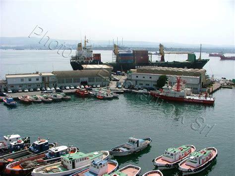 porto augusta il futuro di augusta non il porto commerciale ma il gnl