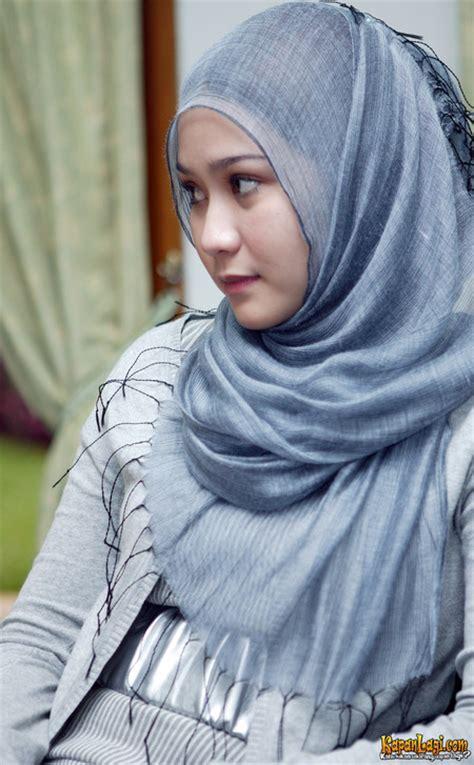 Lipstik Zaskia Adya Mecca zaskia adya mecca jilbab indonesia foto artis zaskia