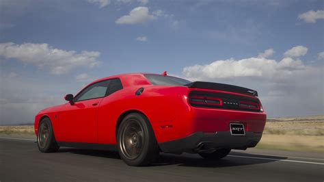Dodge Challenger GT AWD and wide body Hellcat coming in 2017