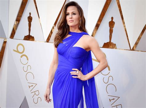 Jennifer Meme - jennifer garner adds voiceover to her oscars meme
