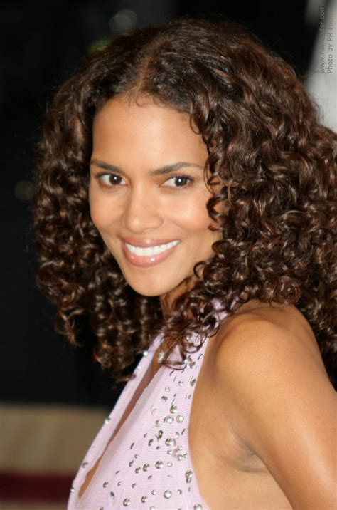 how to curl hair with a spiral ball wand halle berry s long hair with small spiral curls