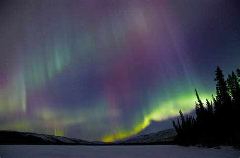 best place to see northern lights in canada the 8 best places to see the northern lights in canada