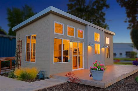 one company s mission to reinvent the modular home as hip
