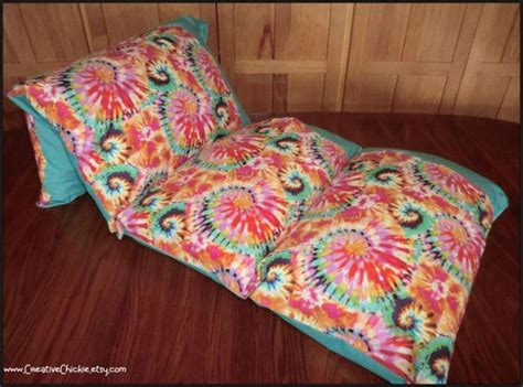 Pillow Bed Made With Pillowcases 9 Diy Decorating Crafts