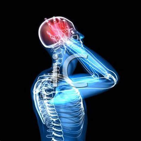 mal di testa centrale perch 233 viene il mal di testa curiosit 224 e perch 232