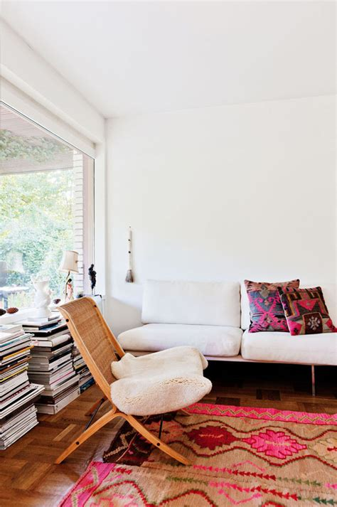 livingroom rug how to decorate your home with pink and still keep your
