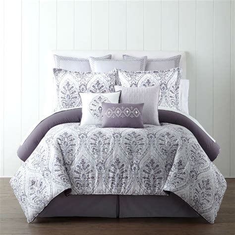 home goods comforter set eva longoria has the goods for your harlem home