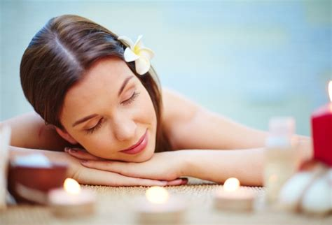 Where Can I Use My Spa And Wellness Gift Card - woman lying on the massage desk photo free download