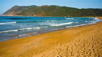colored sand beaches 20 world most beautiful colored sand beaches