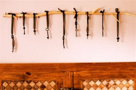 key home decor hanging keys 10 stunning diy skeleton key home decor