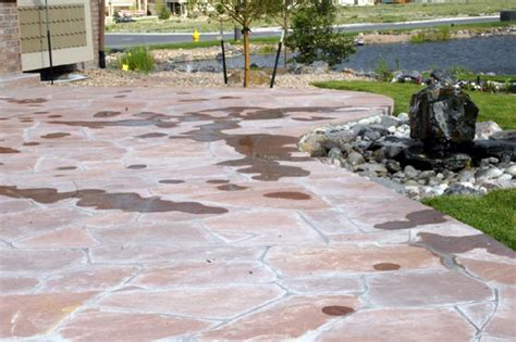 how to install a flagstone patio landscaping do it yourself