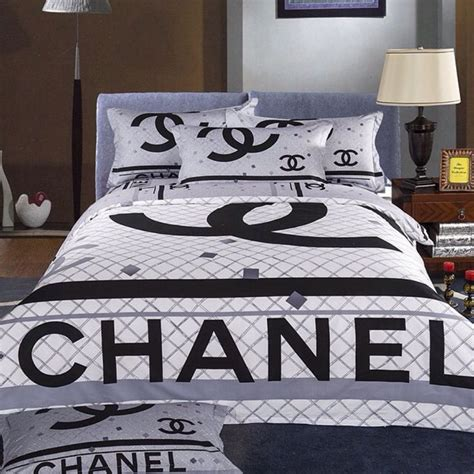 chanel bedding 4 piece set 1 comforter duvet 1 sheets two pillow cases