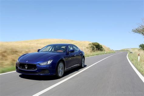 maserati road maserati ghibli on road car pictures images