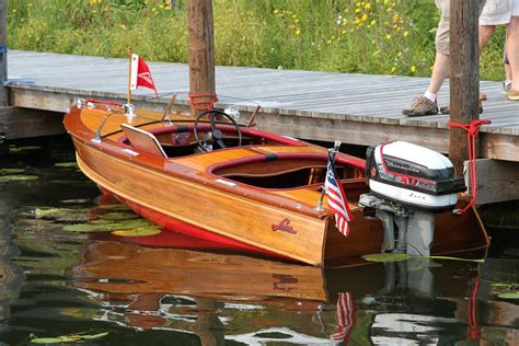 2015 gull lake classic boat show part two something for - Larson Wood Boats