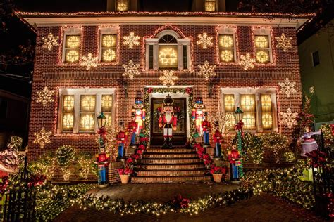 dyker heights lights 21 more ways visiting ruins you for a