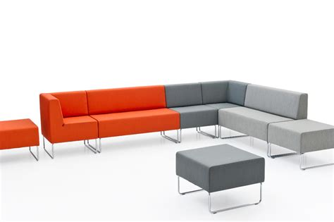 couch hosting host 502 sofa unit