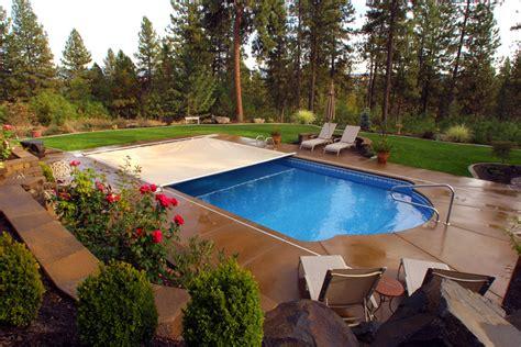 Roman Pool Roman Backyard And Swimming Pools   roman shape pool cover outdoor backyard unqiue shape