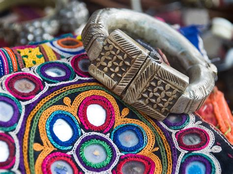 Handicraft Or Handcraft - handicraft s guide to kutch nat geo traveller india