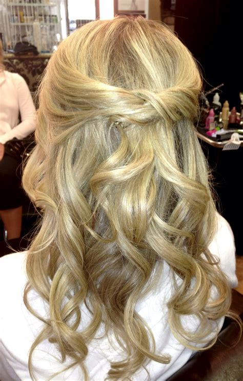 hair style for a ball half up half down loose curls www veilofgrace com bridal
