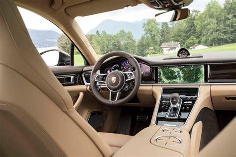 porsche panamera interior 2017 2017 porsche panamera 4s interior view motor trend