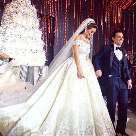 a guide for the lebanese brides wedding consultant for lebanese weddings on instagram wedding dress zuhair