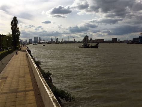 thames barrier housing capital ring walk woolwich to falconwood not here