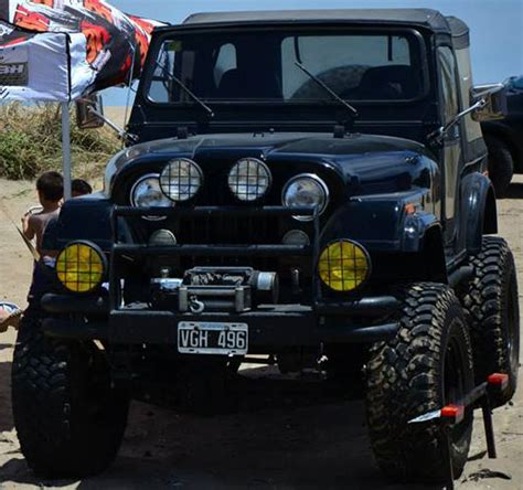 Jeep Aventura Jeep Ika Aventura 87594