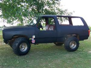 1985 dodge ramcharger 4x4 by holloway