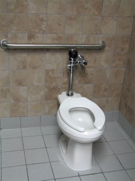 wheelchair accessible bathrooms in