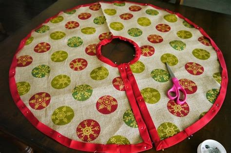 diy burlap tree skirt 183 how to make a christmas tree skirt