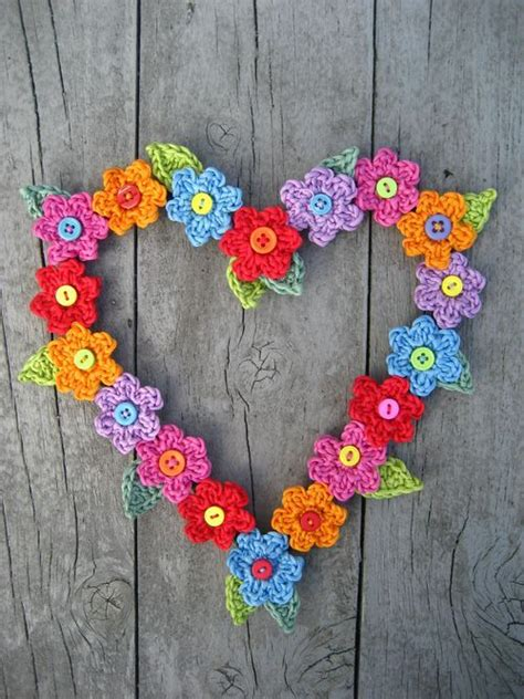 pattern for heart wreath crochet button flower heart wreath tutorial crochet