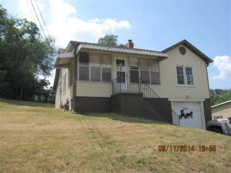 1017 nooney poplar bluff mo 63901 foreclosed home