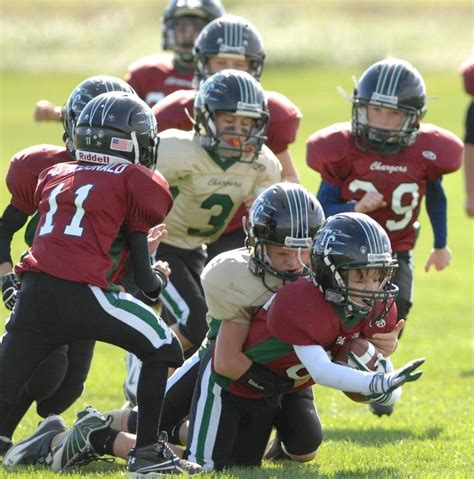tri city chargers concussion fears not hurting youth tackle football numbers