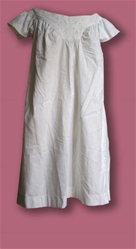 Dal Cin Abbigliamento by Abiti Antichi Biancheria