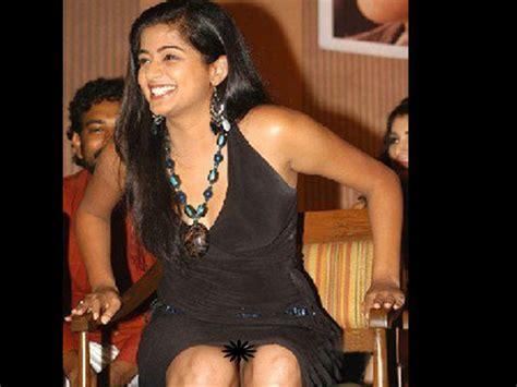 Priyamani Wardrobe Malfunction photos 25 telugu tollywood actresses wardrobe malfunctions filmibeat