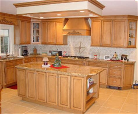 honey kitchen cabinets image gallery honey maple cabinets