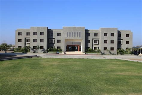 College Rajkot Mba Fees by Darshan Institute Of Engineering Technology For Diploma