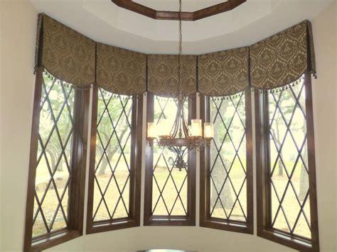 No Sew Cornice Window Treatments Soft Cornice With Box Pleat Cornice Is Quot No Sew