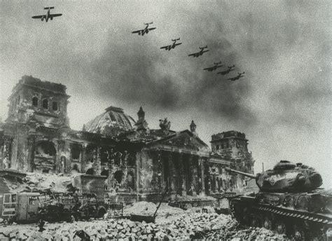 file bombardamenti sulla germania durante la seconda guerra il palazzo del reichstag berlino culture for