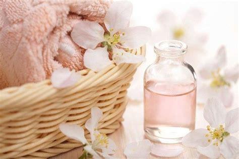 Minyak Atsiri Lavender tertarik merelaksasi tubuh dengan minyak atsiri alodokter