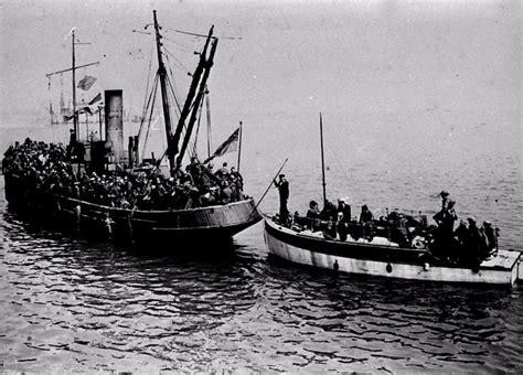 the little ships a dunkirk little ships the story of how 700 yachts and fishing vessels saved britain in 1940