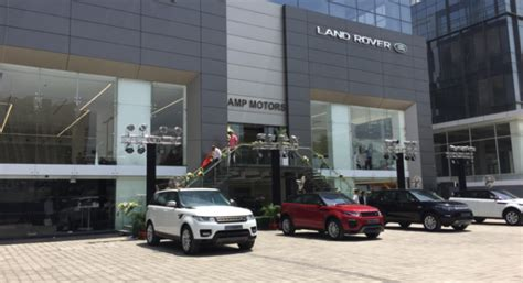 jaguar automobiles usa jaguar land rover opens new dealership in delhi ncr
