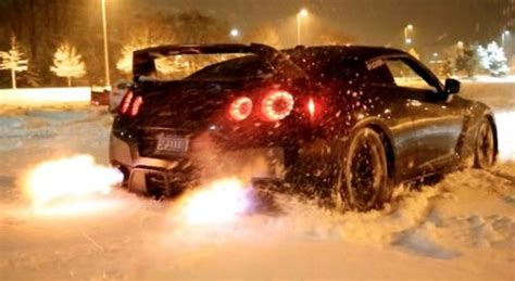 mustang shooting brakemustang shooting flames gtr snow launch shooting flames dpccars