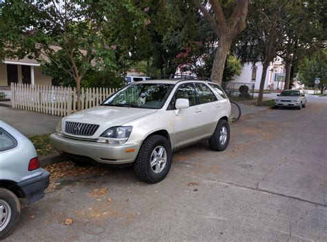 lifted lexus rx300 lifted rx300 with big tires 99 03 lexus rx300 lexus