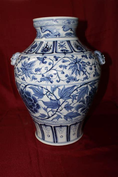 antique porcelain vase early ming dynasty real