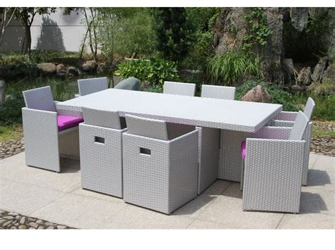 table de jardin resine tressee 8 places salon de jardin encastrable 8 places table 210x105cm r 233 sine tress 233 e plateau verre 8