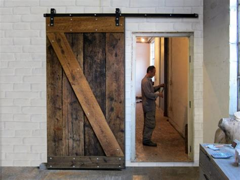 Doors : Choosing Functional Sliding Barn Doors Sliding