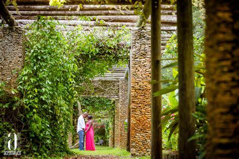 Fairchild Botanical Garden Kindlee Donald Fairchild Tropical Botanic Garden Maternity Session