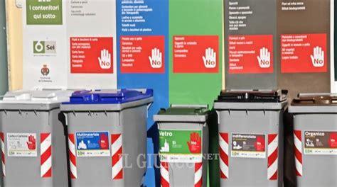 raccolta rifiuti porta a porta rifiuti e inchieste a follonica si blocca il porta a