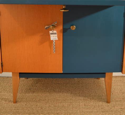 meuble bureau fermé avec tablette rabattable agr 233 able meuble bureau ferme avec tablette rabattable 4